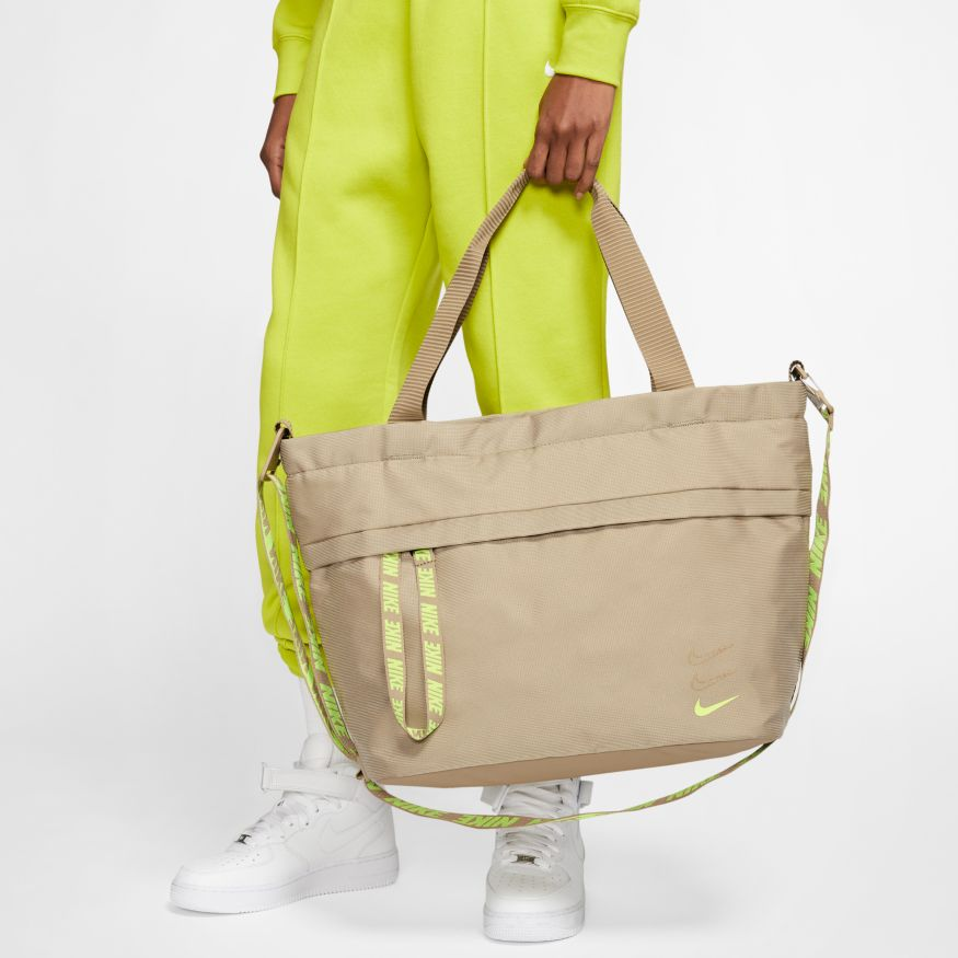 Сумка Nike NK SPRTSWR ESSENTIALS TOTE