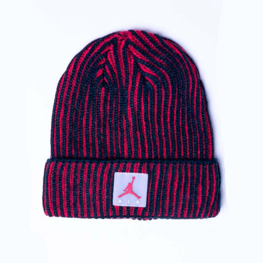 Шапка Nike AIR PATCH TWO TONE BEANIE