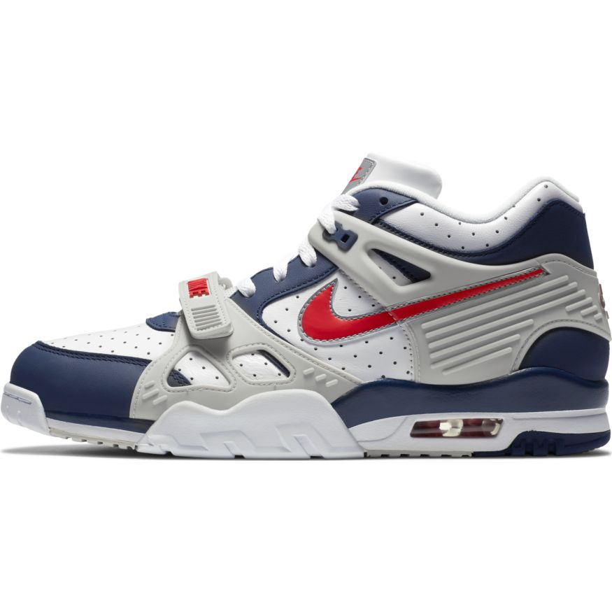 Кроссовки NIKE AIR TRAINER 3