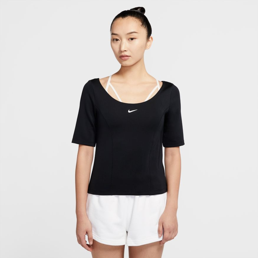 Футболка Nike W NSW TECH PACK TOP SS