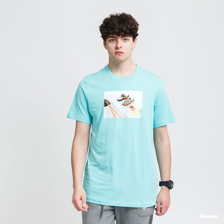 Футболка Nike NSW TEE FOOD SHOESHI