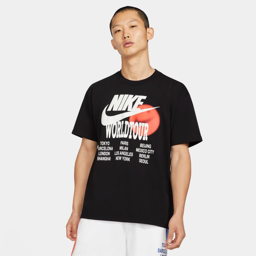 Футболка Nike NSW TEE WORLD TOUR