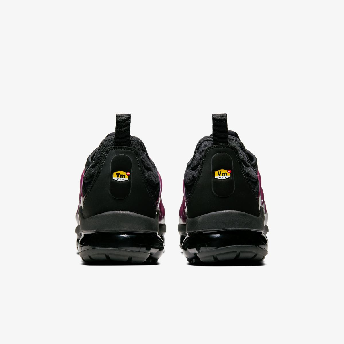 Кроссовки Nike AIR VaporMax PLUS 924453-021 фото